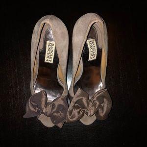 Badgley Mischka Grey Suede Heels